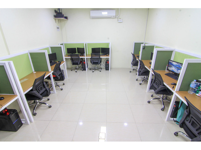 5-10 team seater-office space in IT Park and Ayala Center Cebu - 1