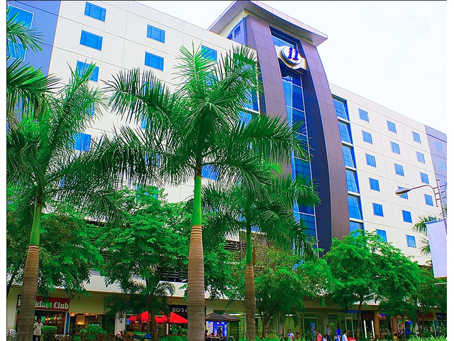 5-10 team seater-office space in IT Park and Ayala Center Cebu - 3